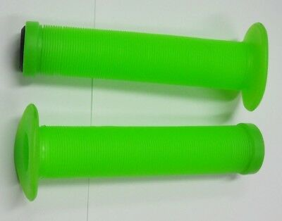 AU5.95 • Buy BMX Grips Fluro Green With Plugs, Suit Scooters, BMX, MTB Bicycles