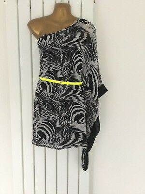 Jane Norman One Shoulder ~ Animal Print Dress ~ Size 10 Comes Up Small • 10.50£