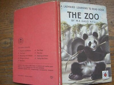 1960  The Zoo  Ladybird Book (series 563 ) Free Post • 7.99£