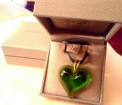 Pendant - Lalique Green Large Heart 9ct Gold Chain  Outstanding New & Boxed -  • 175£