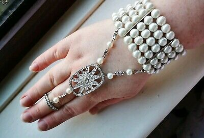 £9 • Buy Faux White Pearl Panja Indian Style Stretch Bracelet With Connected Ring Size O