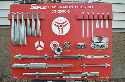 $675 • Buy Snap-on Combination Puller Set CG-2500-S Heavy Duty Used