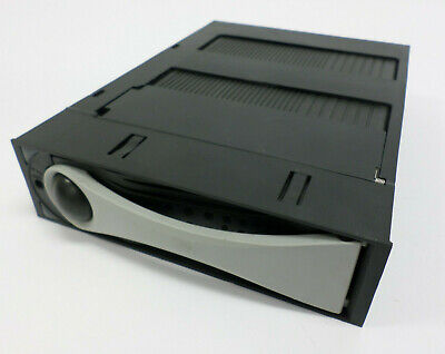 ICY Dock For 2.5 HDD SSD - (WORKS) • 10.85£