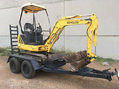 AU24000 • Buy Excavator New Holland/ Kobelco