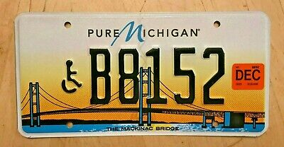$28.99 • Buy Mackinac Bridge Disabled Handicapped Person  License Plate   B 8152   Wheelchair