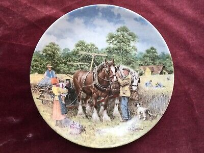 £6.99 • Buy Wedgwood Life On The Farm Binding The Corn Collectors Plate