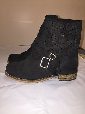 $19.99 • Buy MTNG Originals Black Suede 3 Buckle Ankle Boots Made In Spain Sz 36 EU US 6