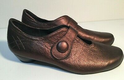 AU121.50 • Buy ZIERA Designed By KUMFS In NZ Size 11 Women's Leather Glitz Mary Jane's Kitten