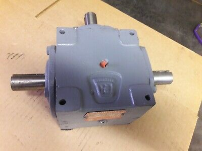 $169.69 • Buy GEARBOX By HUB CITY NEW 0220-00813-150 1:1 Ratio Right And Left Angle Drive NOS