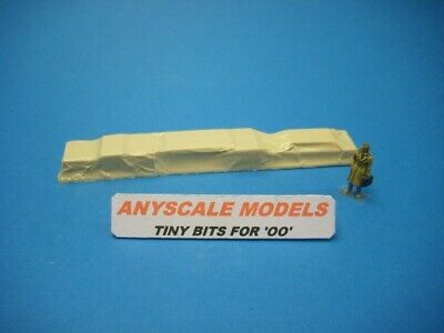£3.20 • Buy OO Gauge 4mm Model Railway Accessories. Covered Load For 0134 Canal Boat. 0290