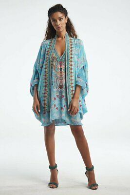 "AU176 • Buy Czarina ""Feel The Sky"" Cape"