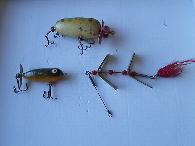 $ CDN33.99 • Buy 3 Vintage Lures Heddon Tiny Torpedo And 2 Unknown Antique Propeller Spinner