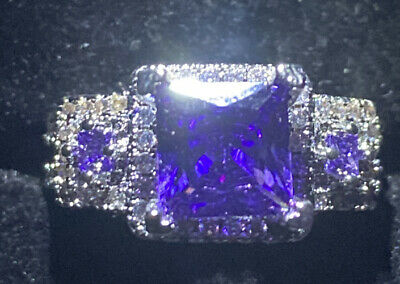 Princess Cut 3 Stine Ring. Created Amethysts And Clear Stones Silver Size M • 3.25£