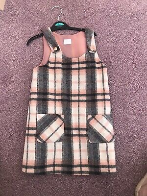 Girls Checked Pinafore Dress Size 5-6 Years • 2.49£