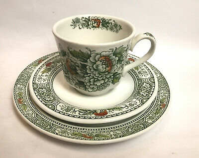 Vintage Ridgway Ironstone Staffordshire Canterbury Cup And Saucers Trio England • 17.50£