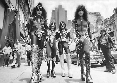 $10 • Buy Kiss In NYC 24x36 Poster