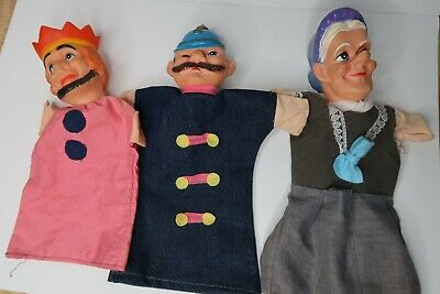 $28 • Buy Vintage Lot Of 3 Mr Rogers Styled Hand Puppets Old Lady Soldier & King