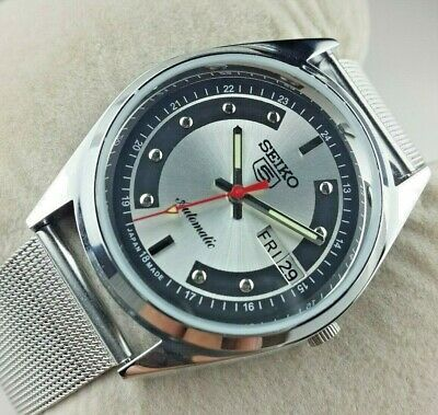 $ CDN51.90 • Buy Vintage Seiko 5 Excellent Silver Black  Automatic Japan Men's  Wrist Watch Mn.