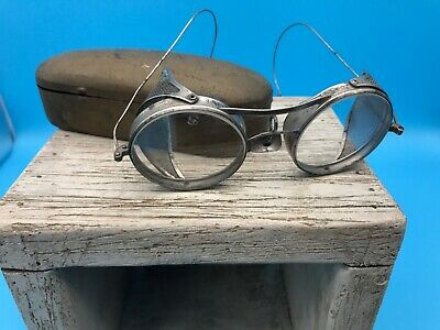 $48 • Buy Vintage Kings FoldIng Safety/Motorcycle Goggles W/ Side Screens In Wilson Case