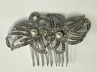 Art Deco Beautiful Quality Vintage Style Crystal And Pearl Flowers Hair Comb.   • 6.50£
