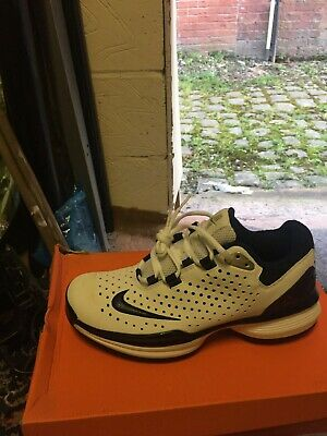Nike Air Zoom Century Cricket Boots / New / Size Uk 8/ Get A Bragain • 107.99£