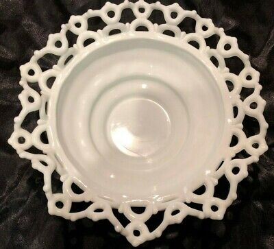 $19.95 • Buy Vtg Wavy Laced Edge Milk Glass Candy/Fruit Bowl Dish - EXCELLENT!