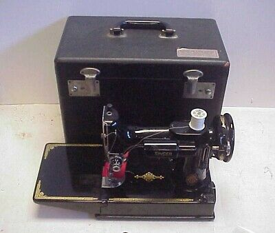 $475 • Buy Vintage 1952 Singer 221 Featherweight Sewing Machine