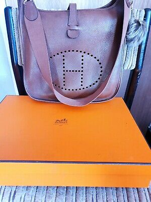 AU2295 • Buy Authentic Preloved Hermes Evelyne