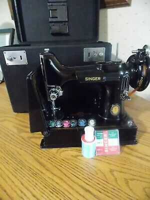 $315 • Buy Vintage Singer Featherweight 221-1 1951 Centennial Badge sewing Machine W/ Case