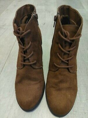 $9.99 • Buy  American Rag  Chestnut Wedge Lace Up Zip  Ankle Boots Womens Bootie 8