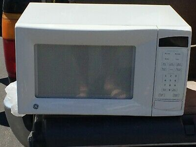 $100 • Buy GE 1100 Watt Microwave Oven Countertop Model WES1130DMWW You Pick It Up In 91042
