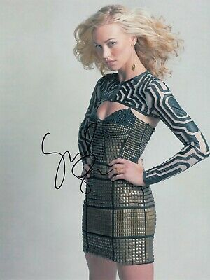 $ CDN15.95 • Buy Yvonne Strahovski Signed  8x10 Auto Photo In Excellent Condition