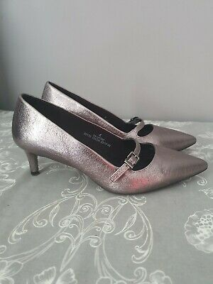 ❤M&S❤Pewter Metallic Mid Heel Court Shoes Size 4 Wide Fit • 9.99£