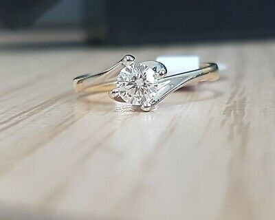 18ct Gold Solitaire Diamond Ring 0.33cts • 329£