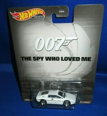 $ CDN17.15 • Buy 007 The Spy Who Loved Me Movie Premium Collector Hot Wheels Lotus Esprit S1, New