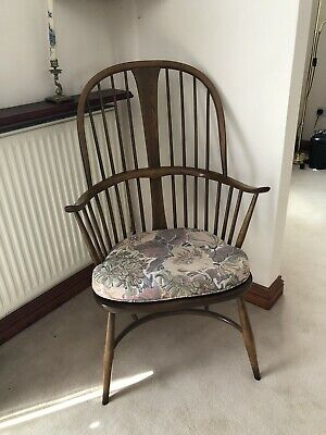 Ercol Walnut Windsor Armchair With Tapestry Seat Cushion • 199£