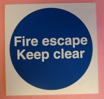 2 X  FIRE ESCAPE KEEP CLEAR   SIGNS - 200 X 200 - RIGID PLASTIC • 4£