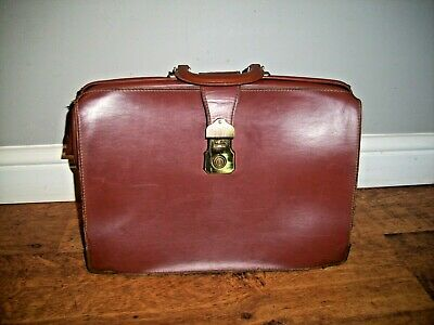 £24.95 • Buy Vintage Tan Leather Bag With Handle And Brass Fastener (Briefcase Doctor Laptop)