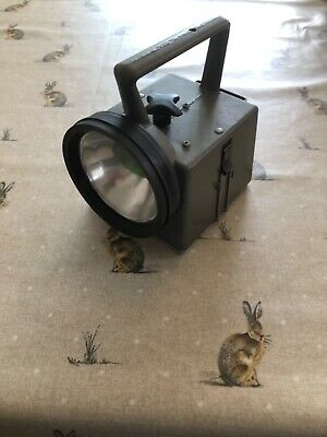 Used Railway Lamp - Army Signalling Torch - Bardic Type Nrs - Four Colour Beams  • 29.99£