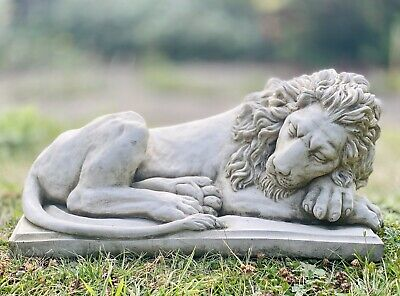 Detailed Laying Lion Garden Stone Ornament On Base Statue • 43.99£