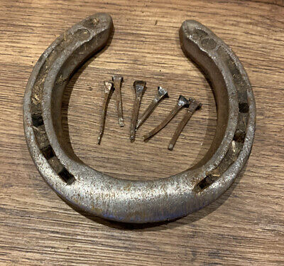 Lucky Used  Horse Shoe, Old Wedding Gift Or Door Luck Charm + Nails • 4.50£