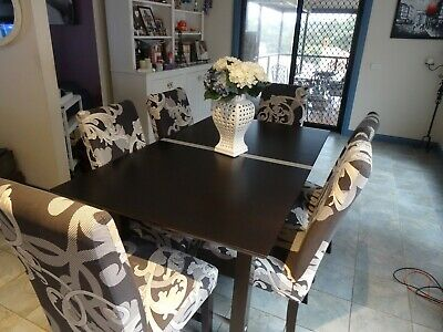 AU1000 • Buy Extendable Large Family Dining Table 6-12 Seater - Stunning LIKE NEW