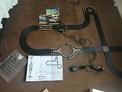 Hornby Micro Scalextric 1:64 Track&adaptor& Hand Controllers, No Cars • 20£