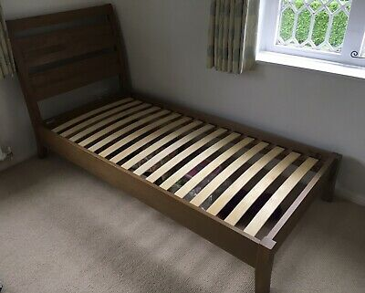 Willis & Gambier Light Oak Colour Single Bed Perfect Condition Pick Up Guildford • 149£