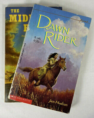 £2.72 • Buy Horse Story Books Dawn RIder And The Mighnight Horse Set Of 2 Paperback