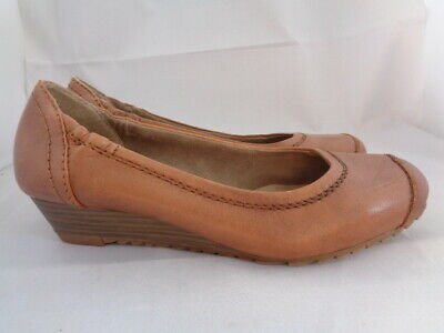 Jana Tan 100% Leather Low Heel Shoes Size 4.5 • 22£