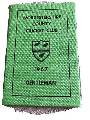 Worcestershire County Cricket Club Membership Card 1967 • 2.50£