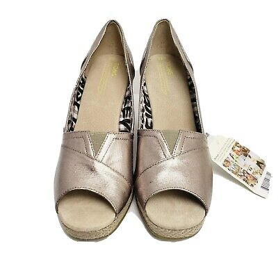 Toms 9.5 M Silver Twill Wedge Heel Pewter Bennet With Box And Shoe Bag • 27.18£