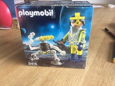 Playmobil Easter Egg 9416 Space Agent With Robot Spaceman Kid's Gift Toy RARE • 8.50£