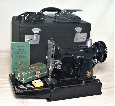 $411 • Buy Vintage Singer Featherweight Portable Sewing Machine In The Case W/ Accessories